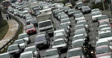 Aprovada suspensão do IPVA para carros zero