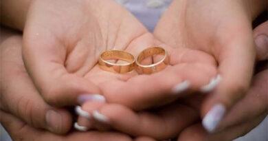 Salão de beleza vai pagar indenização por 'maquiagem ruim' em noiva