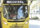Ônibus circulam nesta segunda com horários dos sábados