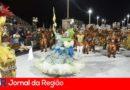 Mais de duas mil pessoas prestigiam desfile das escolas do Grupo Especial