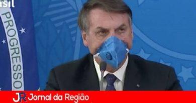 Bolsonaro tem febre e faz teste de Covid-19
