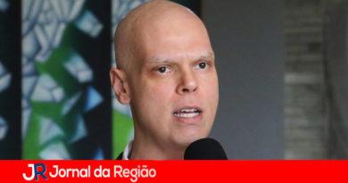 Covas diz que Réveillon e Carnaval 2021 estão indefinidos