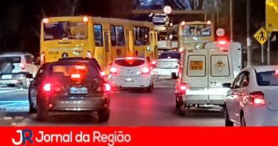 Congestionamento no trevo de Jundiaí