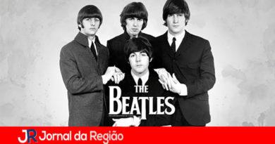 Ringo Starr completa 80 anos relembrando Beatles em live