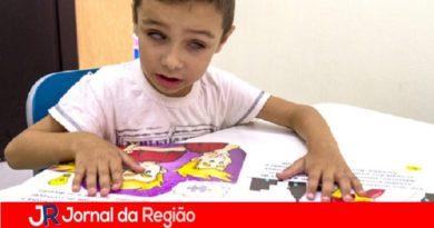 Fundação Dorina disponibiliza livros infantis acessíveis