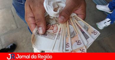 Jovens carregavam R$ 40 mil em dinheiro falso