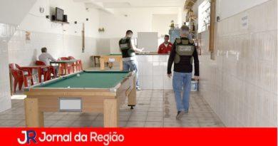 Dez estabelecimentos são notificados na Vila Maringá