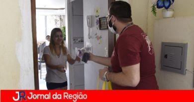 Jundiaí distribui mais de mil máscaras na região do CECAP