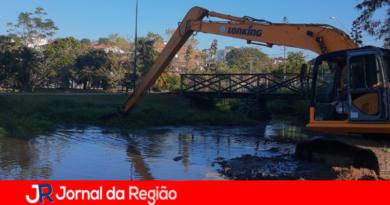 Represa do Tulipas: retirada de resíduos lota 30 caminhões
