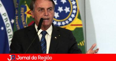 Advogados vão processar quem criticar o presidente Bolsonaro