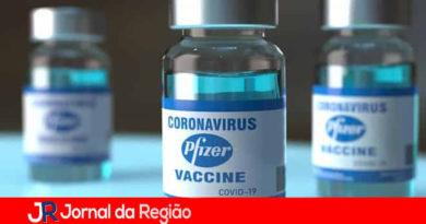 Comissão Européia substitui a AstraZeneca pela vacina da Pfizer