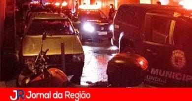 Guarda e PM fecham bares em Jundiaí