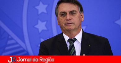 Governo adia Auxílio Brasil depois de pressão do mercado financeiro