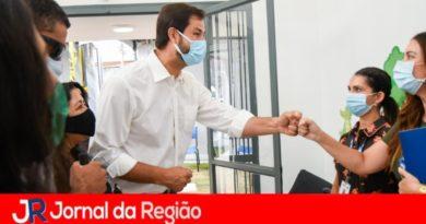 Prefeito de Jundiaí quer comprar vacina direto das fábricas