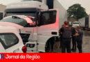 PM recupera caminhão roubado e prende criminoso