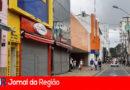 Centro de Jundiaí tem movimento, apesar do fechamento das lojas