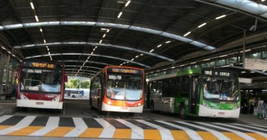 Motoristas de ônibus da Capital entram em greve pedindo vacina