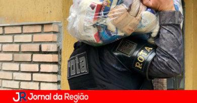 Policiais da ROTA arrecadam uma tonelada de alimentos