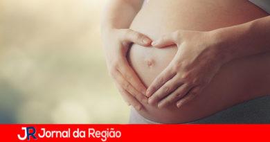 Projeto de lei prevê afastamento das grávidas do trabalho durante a pandemia