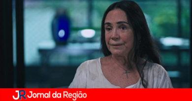 Regina Duarte pede desculpas por 'fake news'