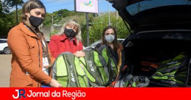 Coca-Cola FEMSA doa kits de material escolar