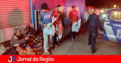 Doação cobertores em Campo Limpo Paulista. (Foto: Divulgação)