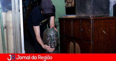 Complexo Fepasa é furtado e prefeitura remove bustos para preservá-los