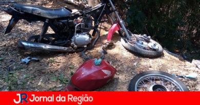 Guarda de Louveira encontra moto desmontada em matagal