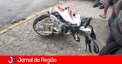 Motociclista sofre acidente gravíssimo em Várzea Paulista