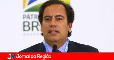 Presidente da Caixa está com Covid, anuncia Bolsonaro