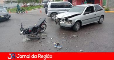 Motoboy atingido por carro está internado e precisa de ajuda